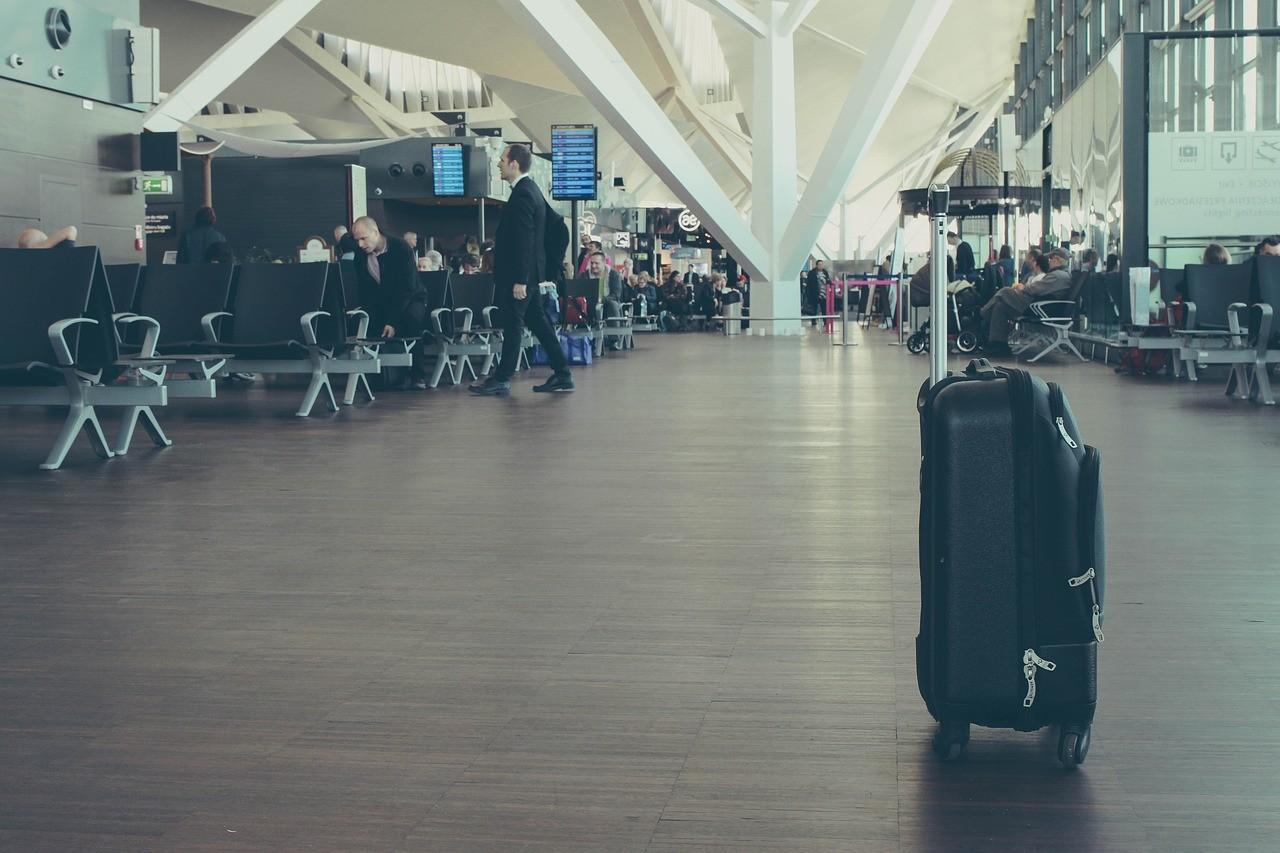 お金持ちと出会える空港