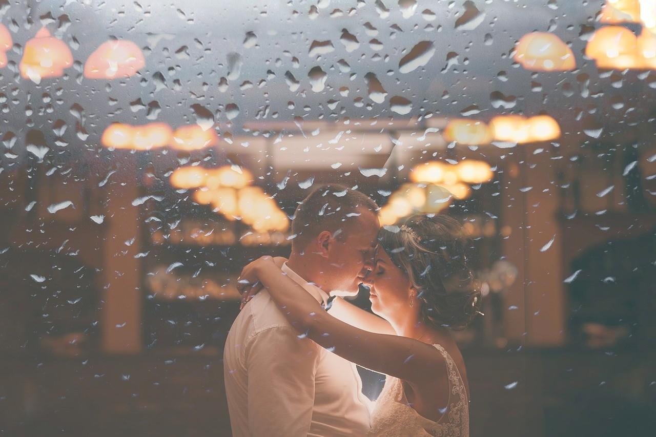 告白とプロポーズの違い