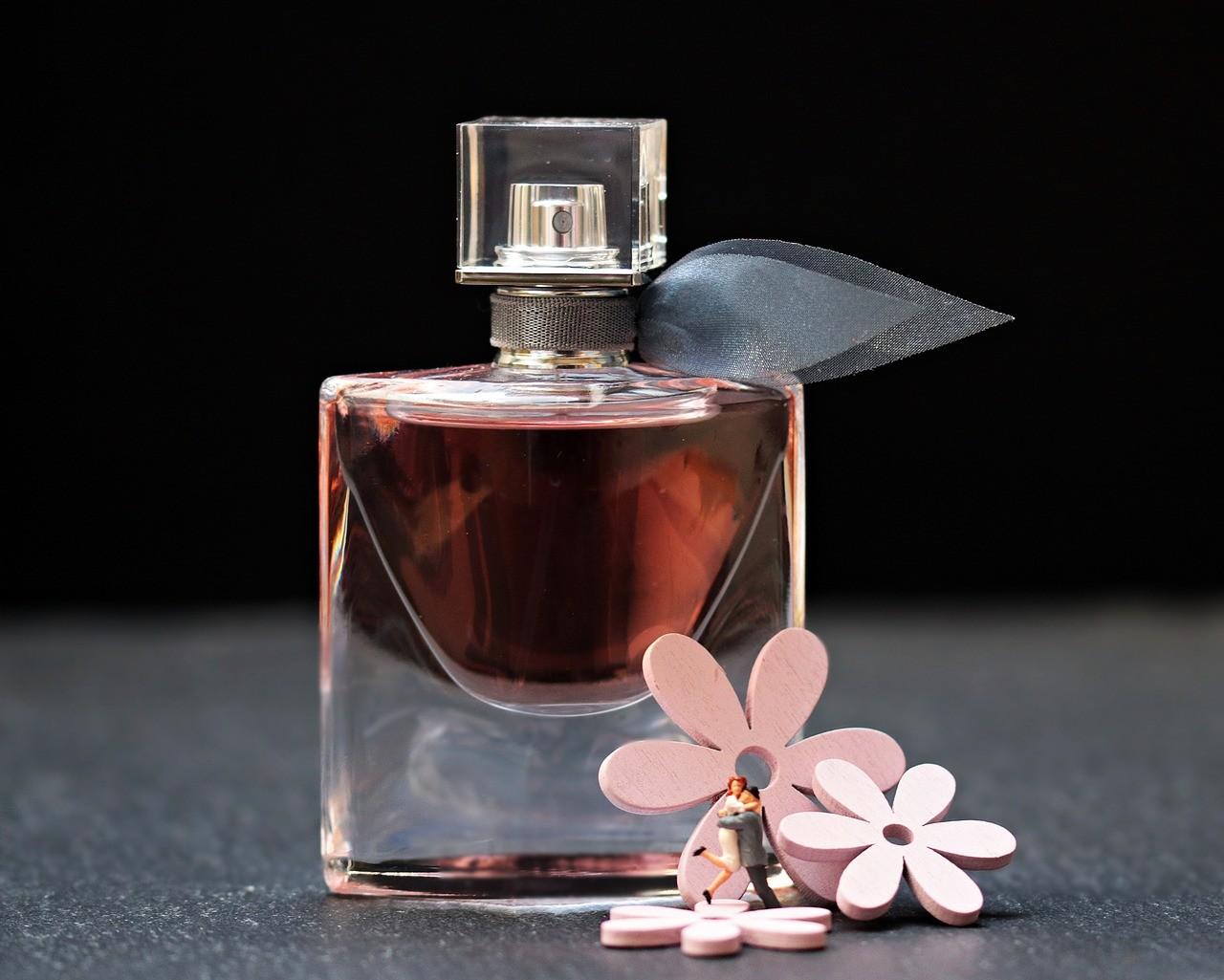 香水の匂いが強すぎる男性