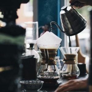 カフェでの出会い