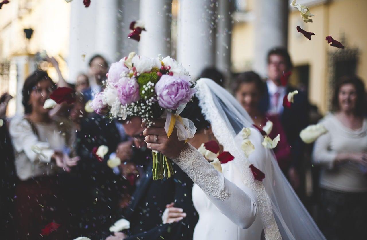 結婚式の出会い