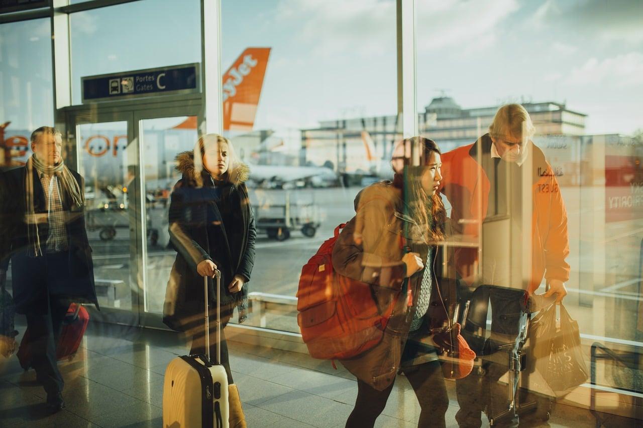 空港勤務でパイロットと出会う